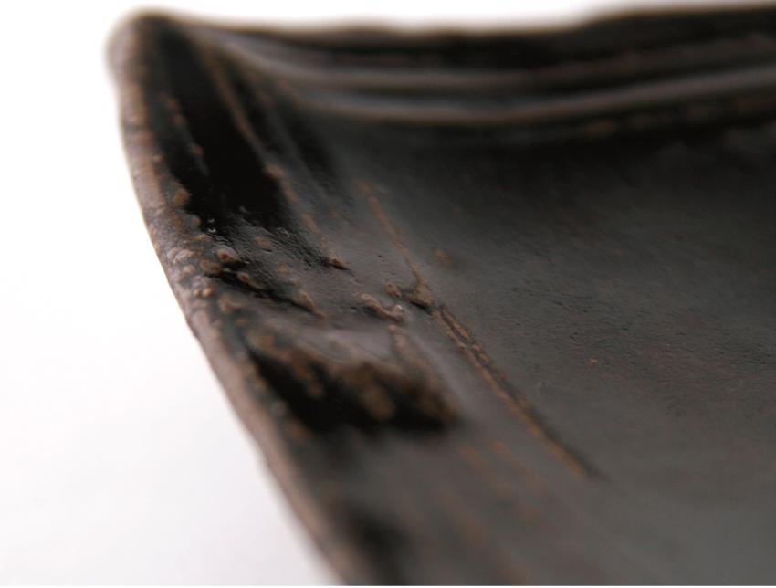 黒釉 - 長角皿