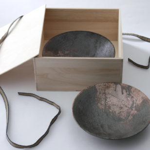 黒灰 高台皿 2枚セット
