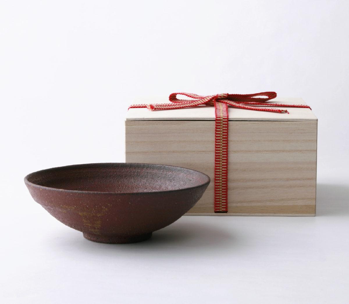 –  鉄赤 – 小鉢16cm